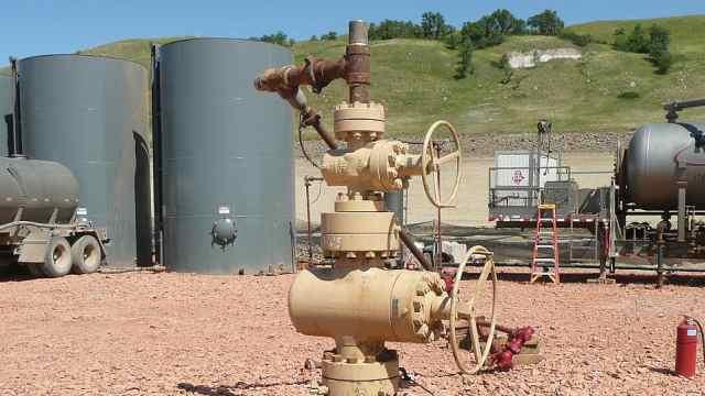 美国首家因疫情破产石油公司诞生,油价暴跌导致股价下跌91%