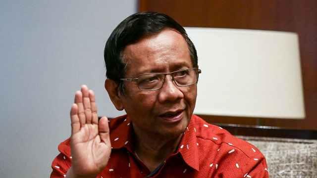 印尼部长将新冠病毒比作妻子:想控制控制不了,还得共同生活