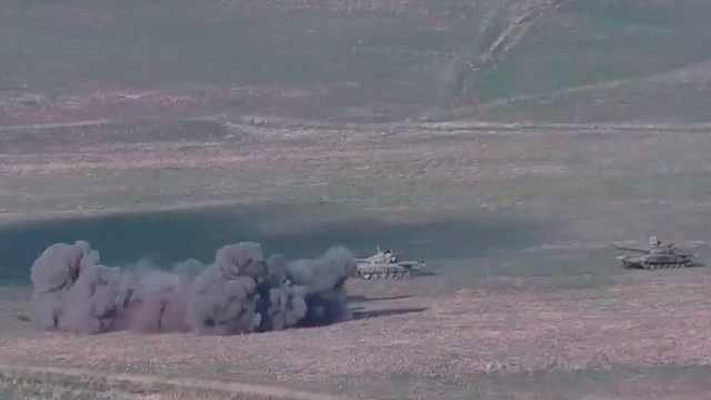 出动坦克和无人机!160秒看阿塞拜疆和亚美尼亚发生了什么