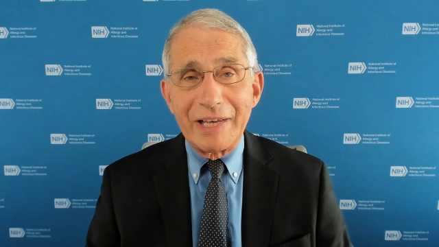 福奇称愿意接种辉瑞新冠疫苗,警告美国家庭谨慎评估疫情风险