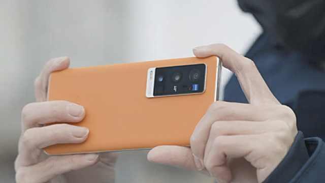 vivo X60 Pro+超大杯亮相:拉上蔡司挑战影像新高度?