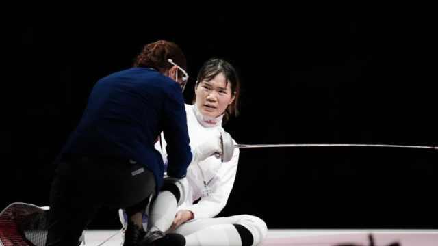女子重剑朱明叶带伤上阵连追4分,启蒙教练:初见觉得是块料