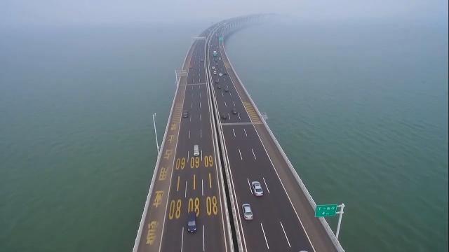 中国建世界最长大桥,一眼望不到头