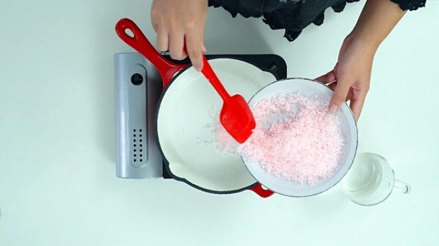 香皂巧变洗手液,卫生又好用!
