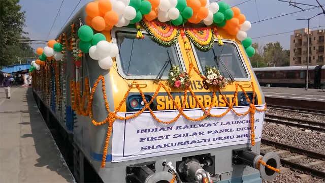 印度推出太阳能火车,将赶上中国