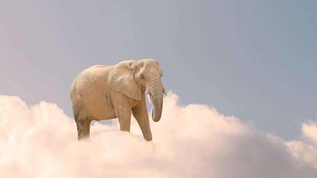 为什么天上的云不会掉下来?