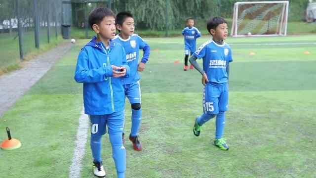 期待在南京看到中国足球小将战斗