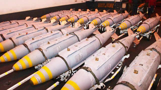 乌军10亿美元军火一次性报销
