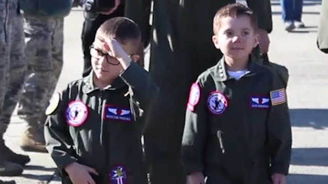 两名6岁的白血病幸存者圆飞行员梦