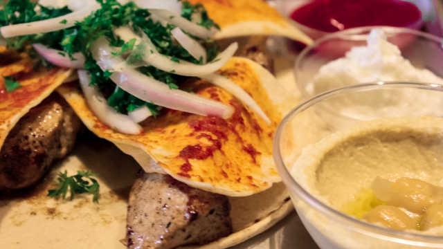 上海第一家黎巴嫩餐厅总是爆满
