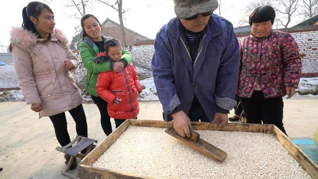 北方的农村,玉米和大米这样做好吃