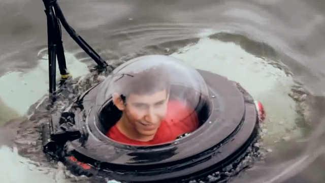 牛逼!高中生用废品造了个潜水艇
