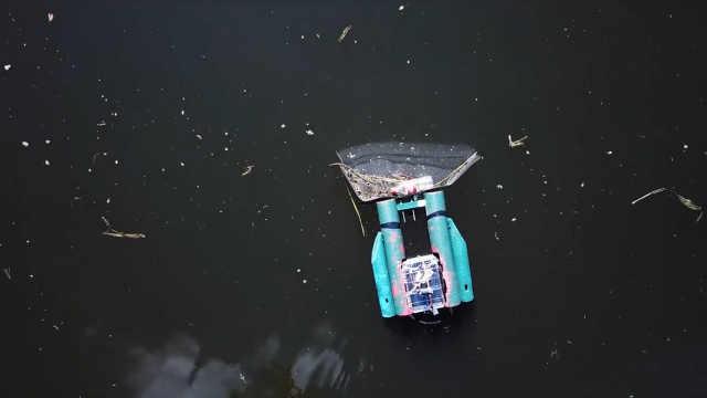 美创业公司发明水上垃圾清理机器人