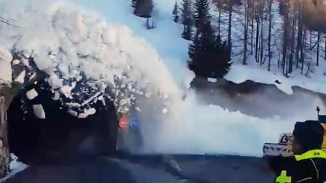阿尔卑斯山雪崩,救援人员惊险逃离