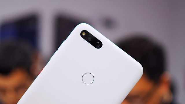 360手机N7上手体验,月岩白是亮点