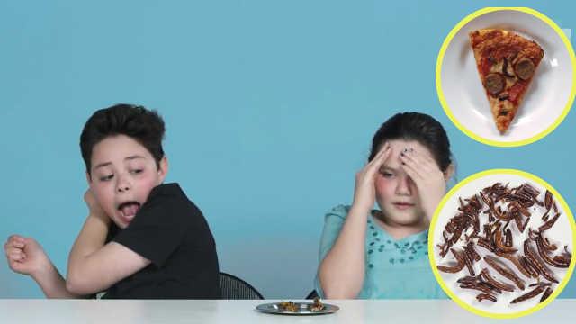 萌娃试吃昆虫食物:有人淡定有人怕