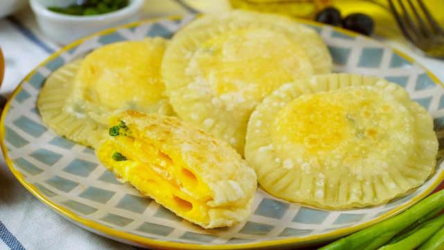 饺子皮鸡蛋灌饼,两个步骤轻松搞定
