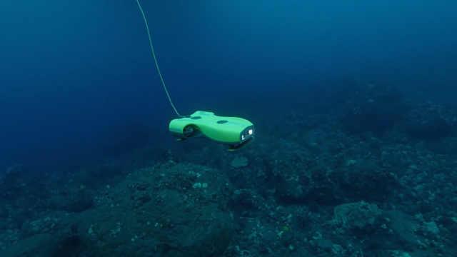 尼莫无人机带你体验真实的水下世界