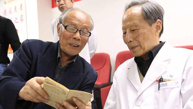 冯唐:医生挣得越多病人应该越高兴