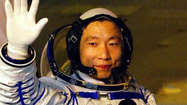 为什么宇航员的年龄普遍偏大?