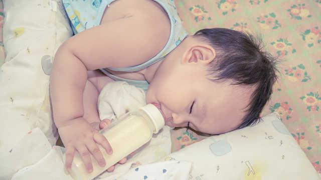 为什么喝奶的小宝宝,也会得龋齿?