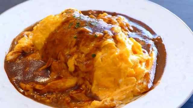 美食博主教做蛋包饭,颜值味道俱佳
