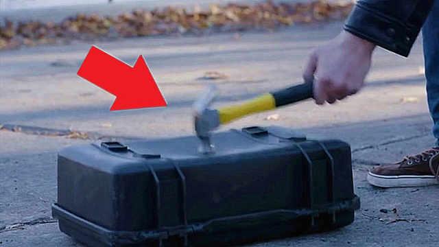超级坚固的行李箱,锤子砸都砸不坏