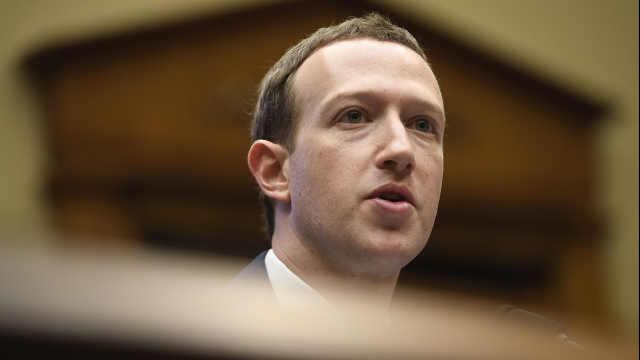 Facebook一天内市值蒸发上百亿美元