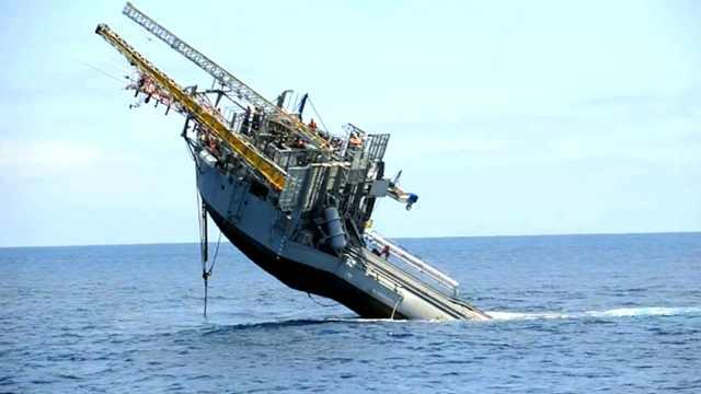 """1400万造的船,刚一下水就""""沉""""了"""