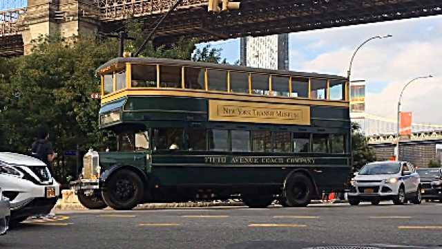 美国上世纪公交复出!细节完美复刻