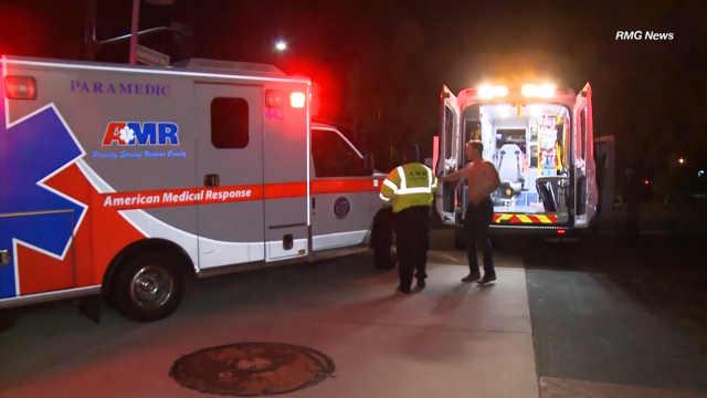 美国加州酒吧枪击案目击者描述经历