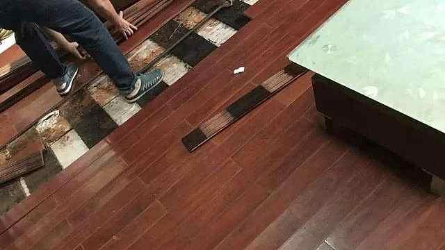 地板翻新4个方法,不再傻傻花大钱