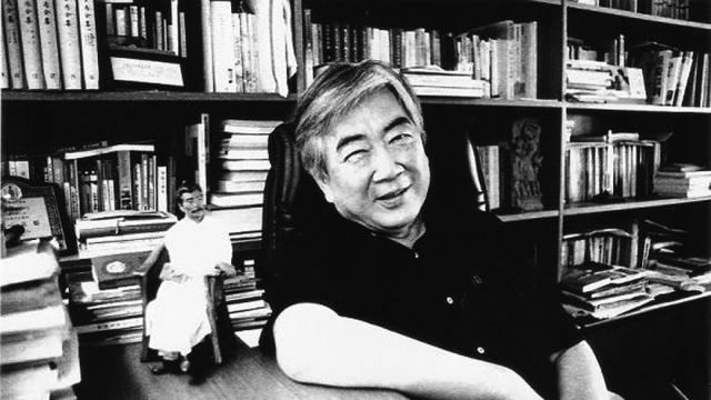 台湾作家陈映真去世:他继承了鲁迅