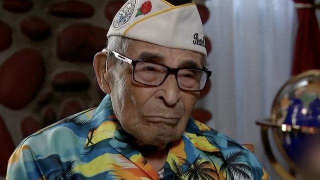为飞去纪念战友,104岁的他勤健身