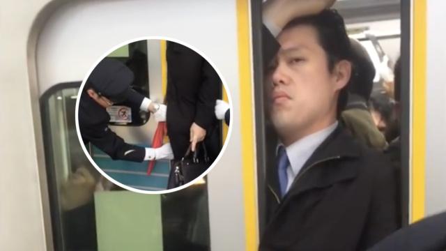 东京地铁的日常:乘客被塞入车厢