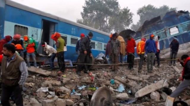 印度火车脱轨,至少两人死亡