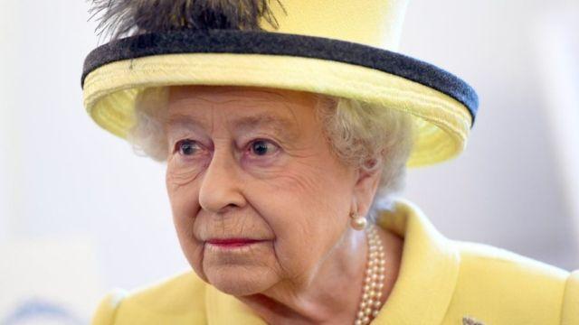 英女王感冒未愈 罕见缺席新年礼拜