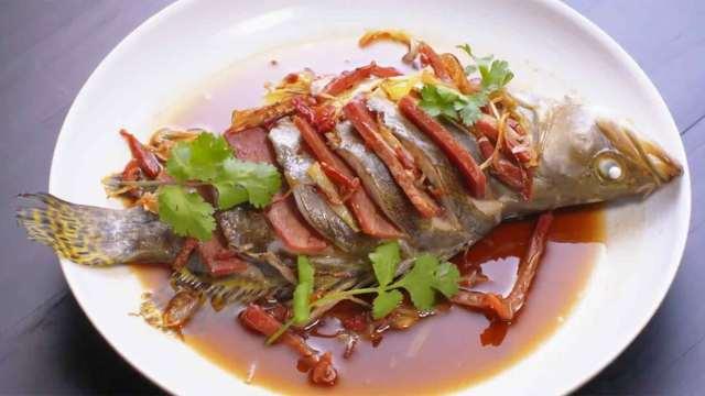 安徽火腿蒸鳜鱼,安徽人这方法好!