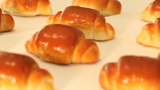 烘焙爱好者必做精典面包【黄油卷】