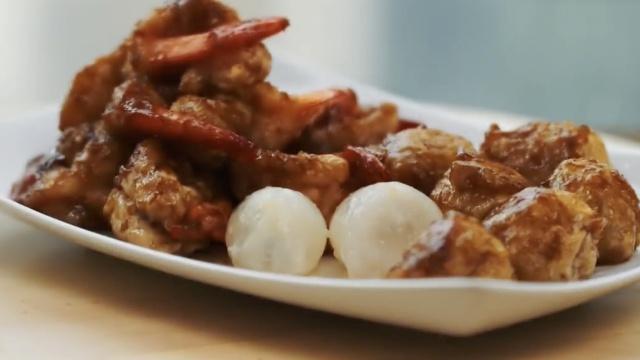 荔枝虾球,糖醋脆壳包裹鲜虾