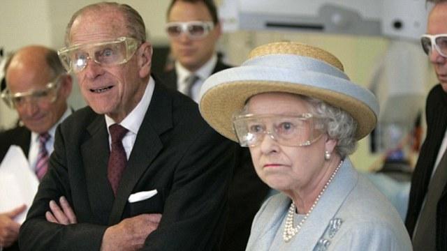 宣布退休后,菲利普亲王还不忘自嘲