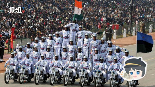 正经严肃却令人发笑的印度阅兵