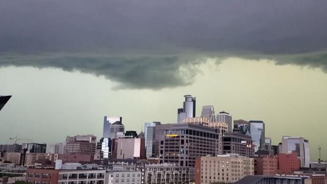 龙卷风来临前,天空原来这样吓人