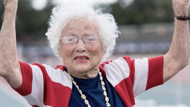 101岁奶奶打破两项短跑世界纪录