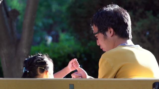创百款亲子游戏为给孩子最好的陪伴