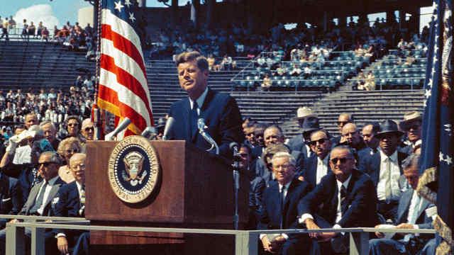 肯尼迪宣布登月时,玩过重要事说3遍