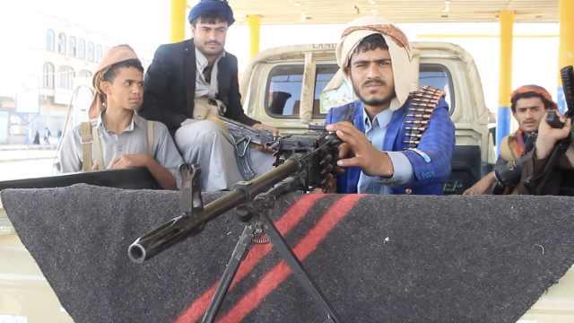前总统被打死后,拍客走进也门首都