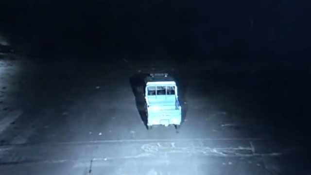 女司机26秒2次撞人逃逸:不是我的错
