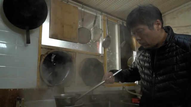武汉最火糊汤粉,鲜鱼熬4遍成汤