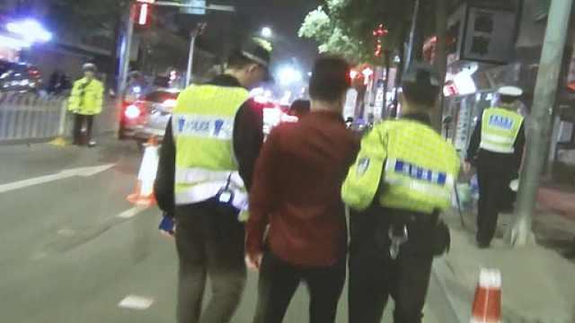 酒驾逃避交警,阻碍执法罪加一等
